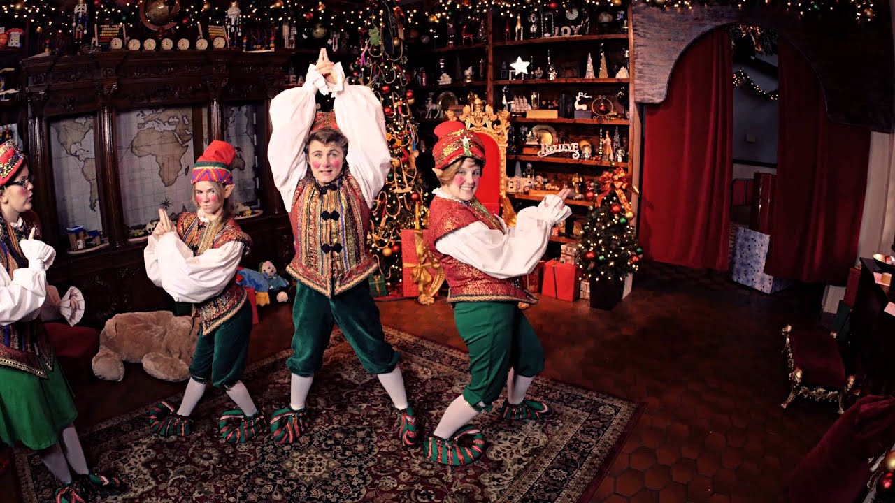 The Real Elves of Christmas Town: Foto Fun | Busch Gardens ...