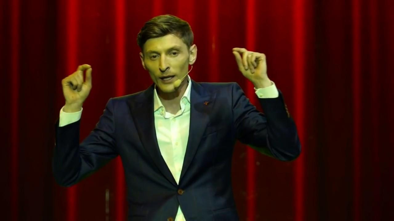 Российский шоумен Павел Воля, концерт которого должен был состоятся в...