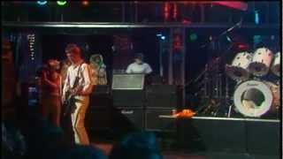 The Jam Live - Move On Up (HD)