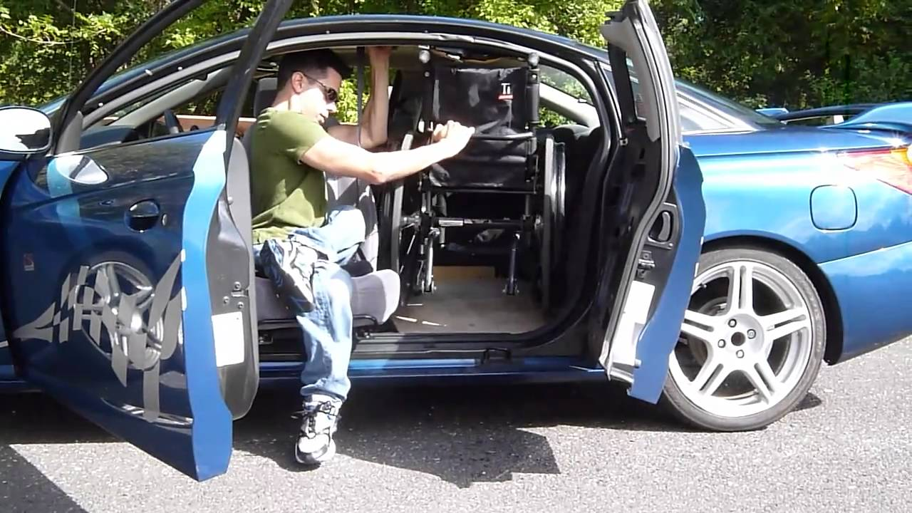 2001 saturn sc2 wheelchair car transfer with manual seat paraplegic youtube. Black Bedroom Furniture Sets. Home Design Ideas