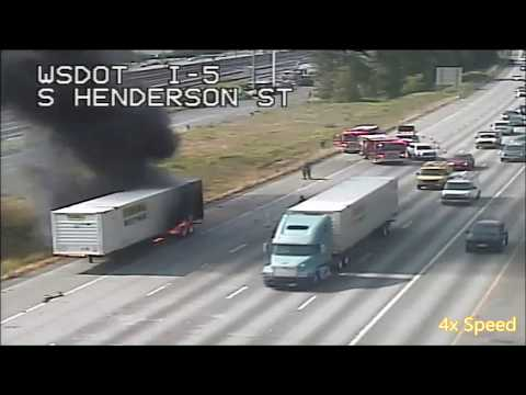 [Traffic Cam & Scanner] Truck Fire With Extension On I-5