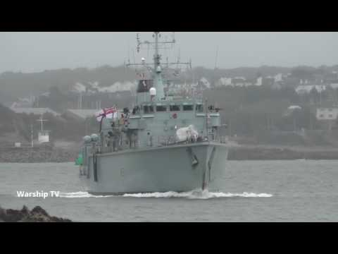 HMS HURWORTH M39 ENTERS DEVONPORT AT ARTILLERY TOWER AS PART OF FOST - 3rd March 2017