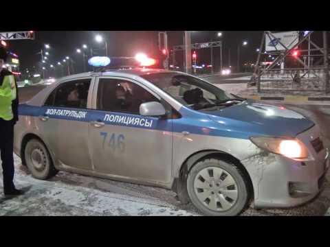 В Шымкенте водитель BMW пытался уйти от полиции и попал в ДТП