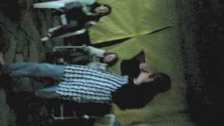 """Alex Dançando a música da novela """"caminho das índias"""" no chá de panela."""
