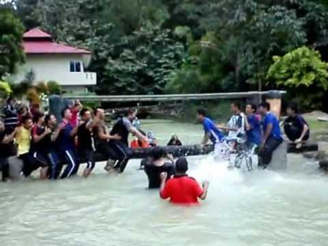 Gusti Tiang Jabatan Patologi Hospital T.A.R. Klang di AgroTek. Garden Resort Hulu Langat