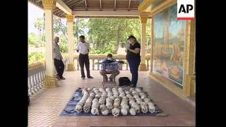 Canadian forensics team investigates Khmer Rouge atrocities