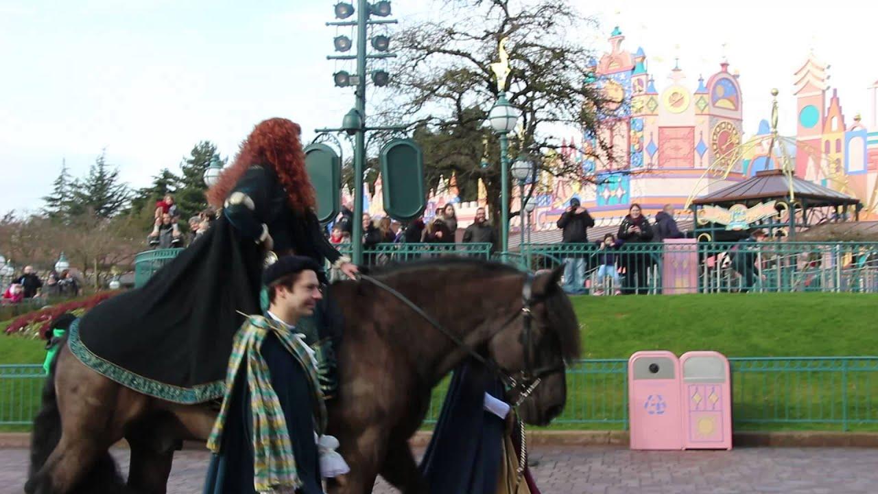 Merida avec le vrai cheval disneyland paris youtube - Princesse cheval ...