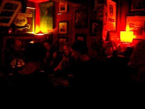 Irish Live Music at Sin-e Pub (Cork)