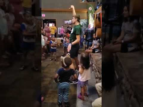 Matt Provo - Dancer Crushes Crazy in Love by Beyoncé in Front of Little Kids