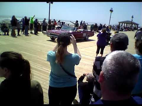 2018 Ocean City NJ Parade Features Television Star