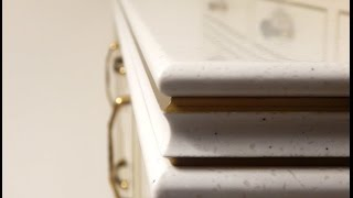 Столешница из искусственного камня с патиной(Уникальную геометрию кромки столешницы из искусственного акрилового камня эффектно дополняет нанесенная..., 2015-10-28T09:31:25.000Z)