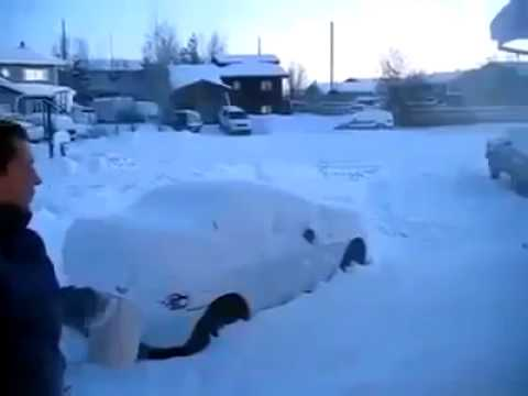 Amazing Snow - water get freezed in a second