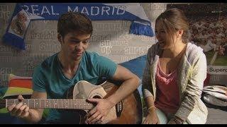 """Vive cantando - Paula y Carlos cantan """"No puedo vivir sin ti"""""""