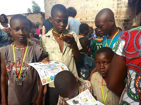 """Mission humanitaire  """"Des kimonos pour le Togo"""" de Charlotte et Doriane Travel"""