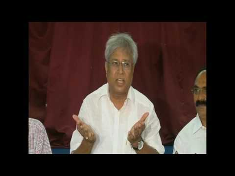 Undavalli Arun Kumar Press meet on CAG report