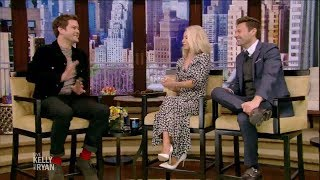 joshua jackson interviewed on the affair s4 the whole family on a vespa