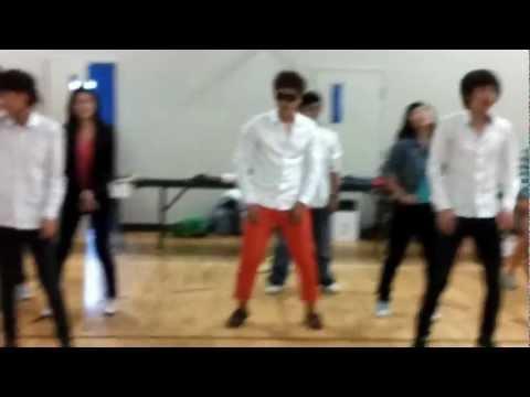 """""""강남스타일(Gangnam Style)"""" By NB Saint John Korean Association"""
