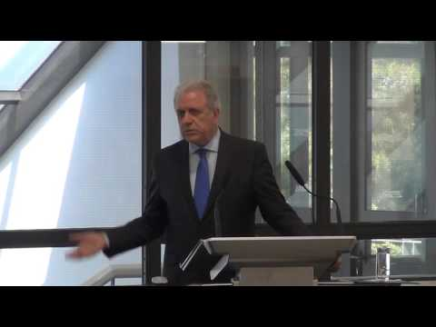 EU Commissioner Avramopoulos at The American College of Greece (1/3)