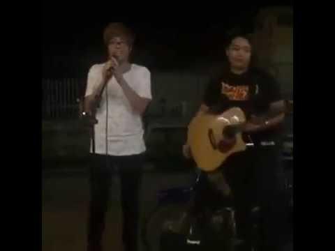 Nơi Tình Yêu Bắt Đầu - Bùi Anh Tuấn hát mộc guitar cực chất