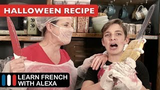 Alexa bakes a SEVERED HAND for Halloween ! (Recipe in French)
