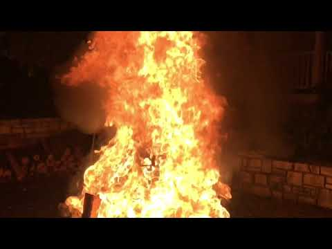 """Fish Boil Outdoor Evening Fire """"Boil Over"""" Finale In Door County At White Gull Inn, Fish Creek WI"""