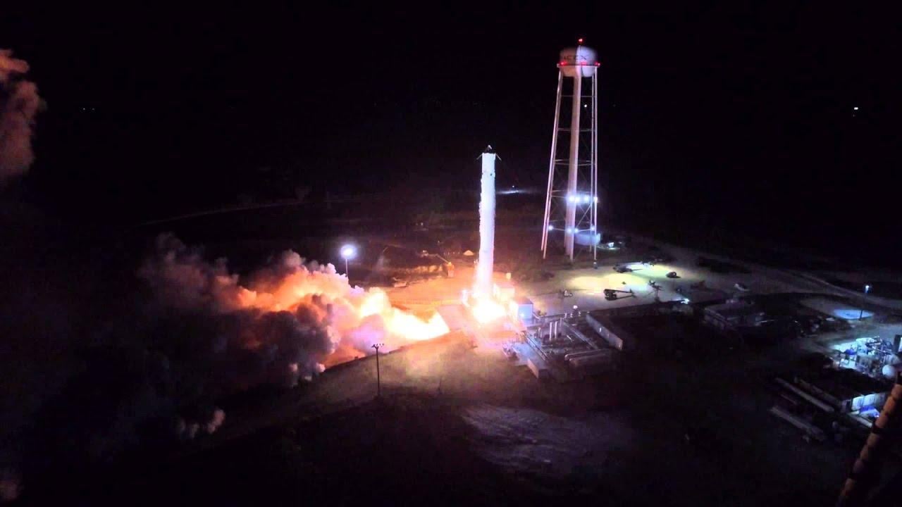 Обои пламя, тма, россия, космодром, Ракета. Разное foto 17