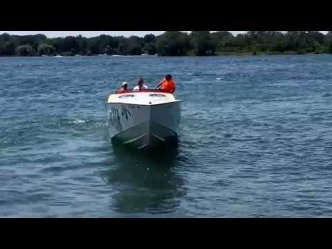 "FAST BOAT ""41ft WAR DANCER"" twin blown 653ci off shore power boat leaving the dock"