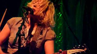 Brain-Tag [HD], by Bettie Serveert (plays Palomine) (@ Paradiso, 2011)