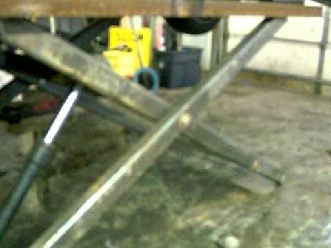 Scissor lift youtube for Car lift plans