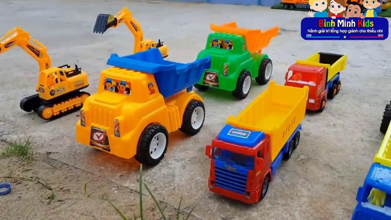 Ô tô đồ chơi trẻ em – Xe tải nhỏ, Máy xúc, Xe lu xây dựng bãi đỗ xe cho ô tô | Nhạc thiếu nhi hay
