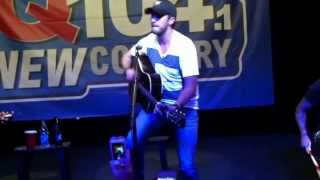 Luke Bryan - Drunk On You (Live Acoustic)