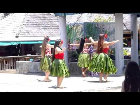 hula in HI 2013