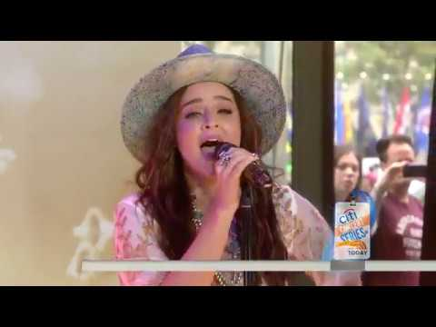 See 'The Voice' winner Alisan Porter sing new single 'Change' live