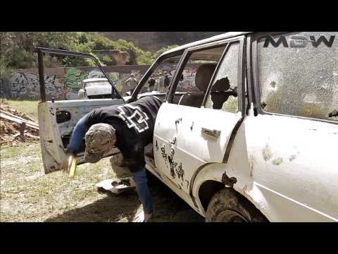 MDW Fighting in and around vehicles (handgun)