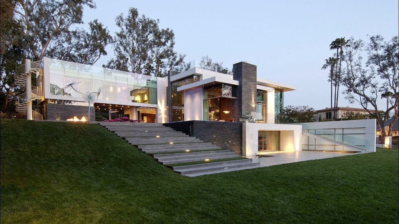 Eco friendly modern mansion in beverly hills ca usa