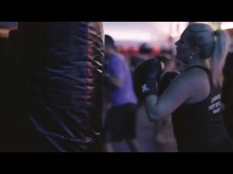 Hot Kickboxing at iX3