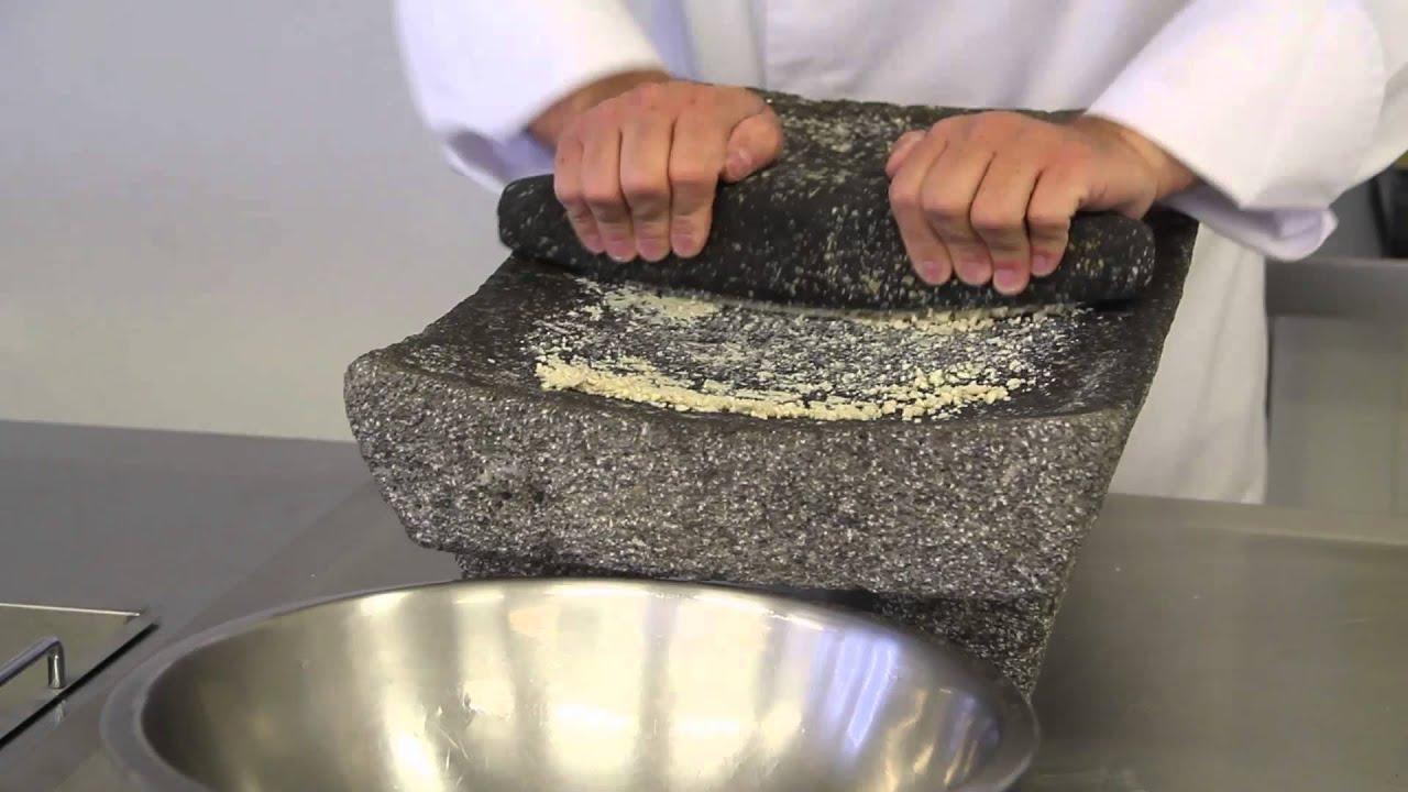 Mooc cocina tradicional mexicana video 2 youtube for Utensilios de cocina mexicana