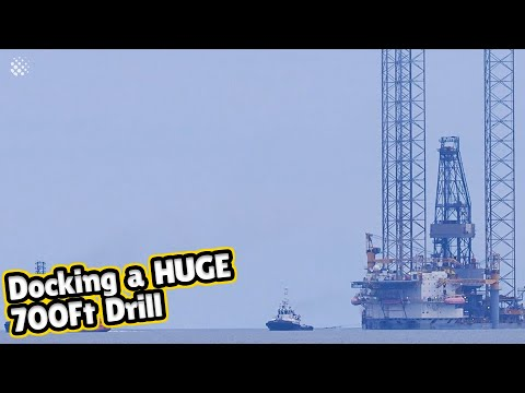 Docking a HUGE 700ft High Borr Drill in Kent UK