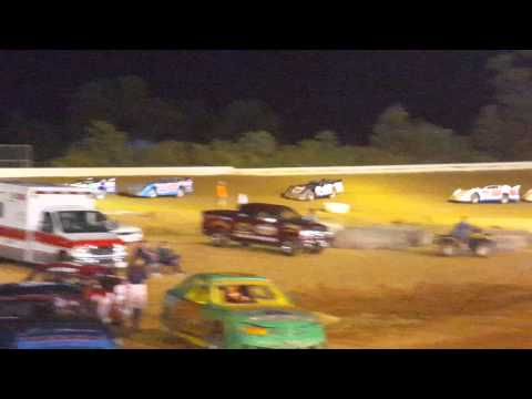 Late Model Feature at Potomac Speedway 09/11/15