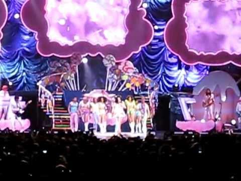 "Katy Perry ""Teenage Dream"" Live Toronto"