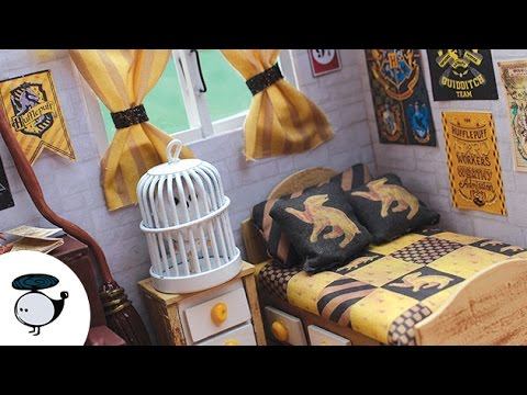 Harry Potter Themed Dollhouse Miniature Hufflepuff W