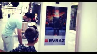 Виртуальная примерочная Киев(+380676714999 Интерактивная инсталляция, позволяющая мерить вещи не переодеваясь. Примерочная представляет..., 2014-07-02T10:22:19.000Z)