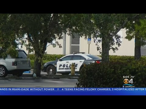 Four Students Charged After Stabbing Outside Felix Varela High School
