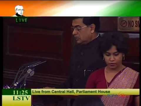 Live: Pranab Mukherjee takes oath as 13th President