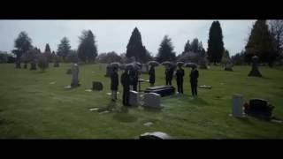 the flash s2 e23 henry allen funeral scene