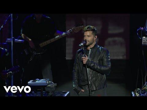 Ricky Martin - Disparo al Corazón (Live on the Honda Stage at the iHeartRadio Theater LA)