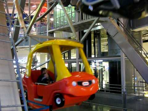 Ferris Wheel Inside Toys R Us @ Times Square - New York City, NY