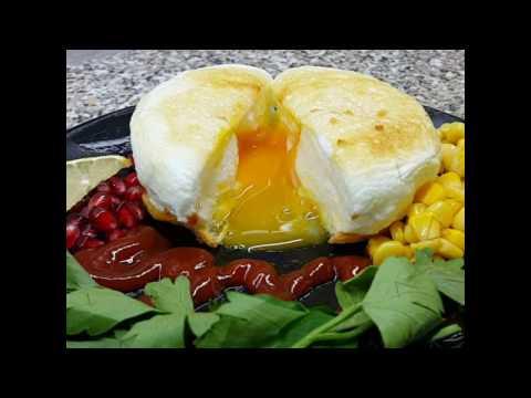 Рецепт Стильный завтрак Необычная яичница с жидким желтком. Гламурный завтрак