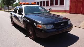 2003 Ford Crown Victoria Police Car / V8 4.6l / Interceptor for Sale