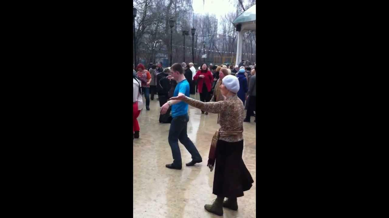 Буги-вуги и рок-н-ролл: «Сокольники» открыли летний танцевальный ... | 720x1280